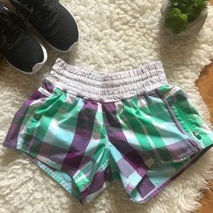 LULULEMON RARE foxy plaid tracker shorts